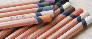 Derwent Lightfast coloured pencils image
